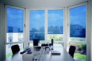 3a glasschutzfolien rotkreuz montage von sonnenschutz sichtschutz splitterschutzfolien. Black Bedroom Furniture Sets. Home Design Ideas